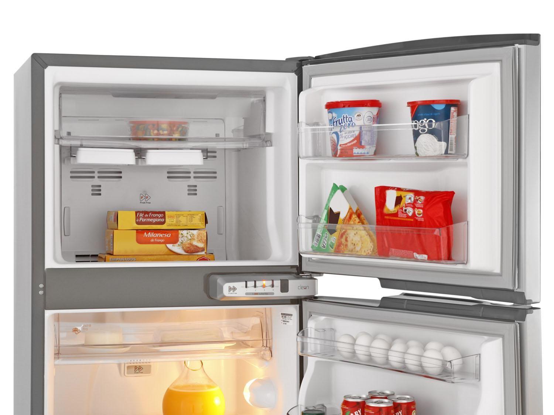 Tire o cheiro desagradável da geladeira!